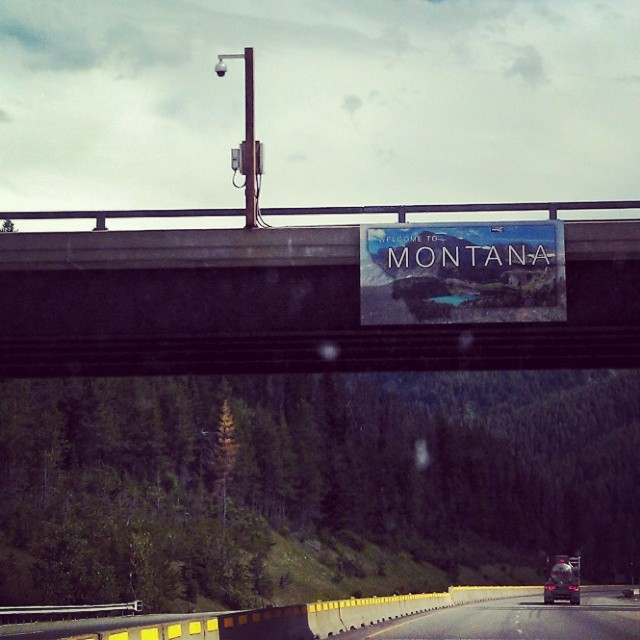 Welcome to Montana!  Yeehaw. We are home. Oh, the sweet smell of pine trees, fresh water lakes and mountain air.  Feels so right!  #Montana #home #roots #goodtobehome.