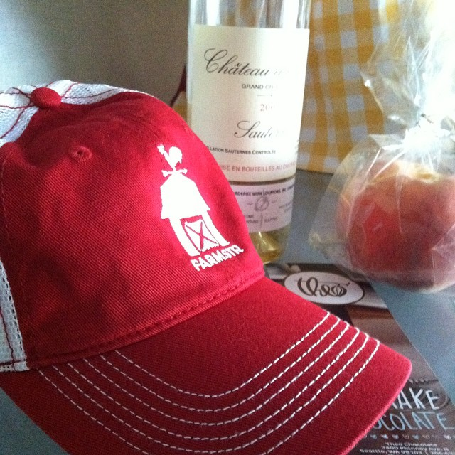 Wine and chocolate and peaches, oh my!  Having fine foodie fun at IFBC!  #hatson #farmstr #ifbc #food #foodblogger